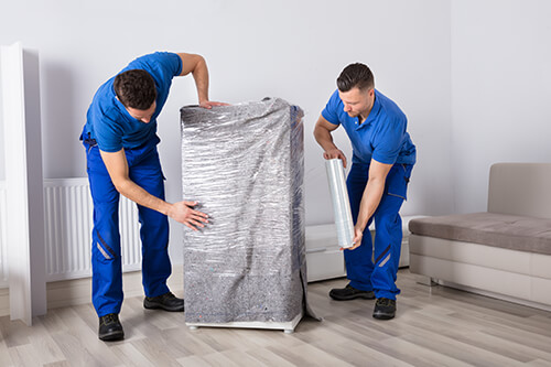 packing services two men
